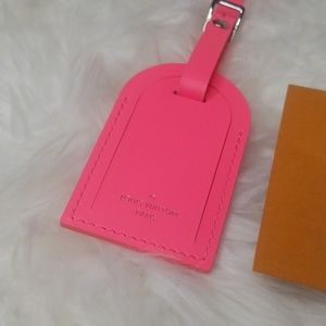 Louis Vuitton Bags - NEW UNUSED LOUIS VUITTON NEON PINK LUGGAGE TAG